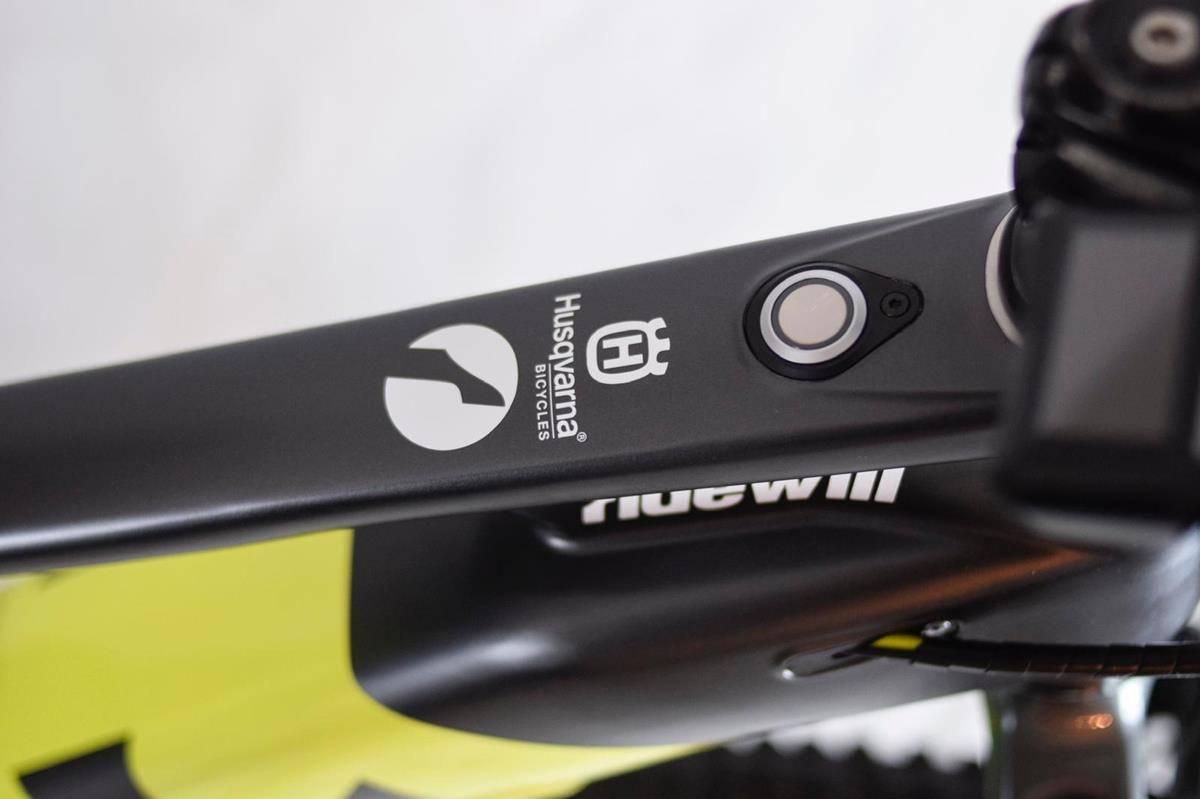 Finally revealed the Husqvarna MC7 Ridewill Factory Team