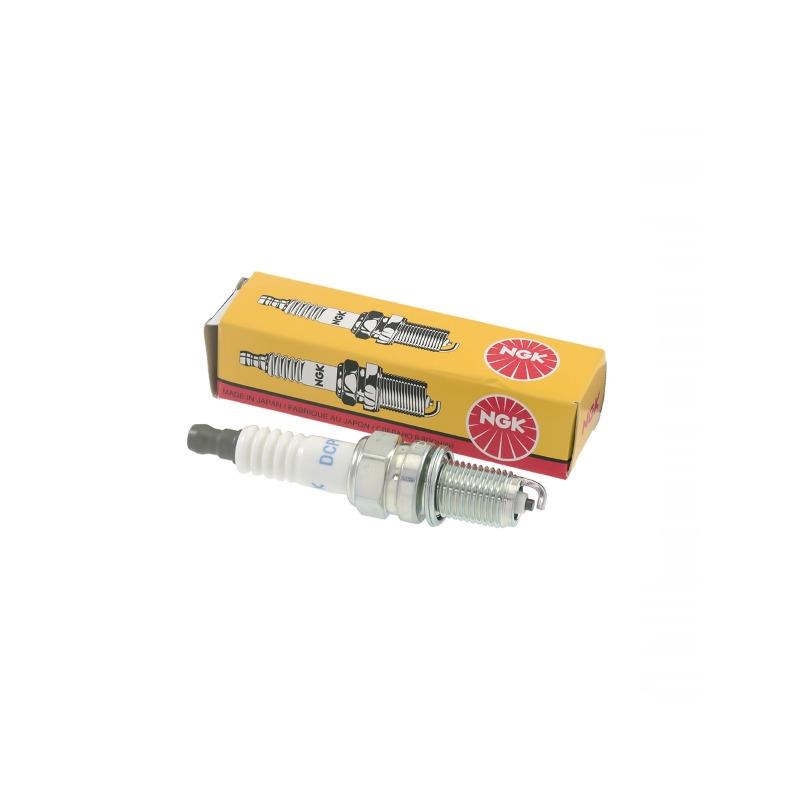 Spark Plug LMAR9E-J 6884 Yamaha YZF-R1 1000 / MT-10 1000